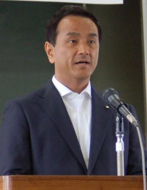 村岡山口県知事